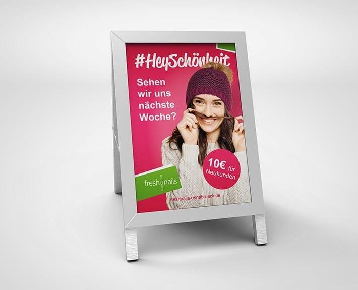 Kundenstopper Plakatwerbung Außenwerbung Plakatwand Freshnails Osnabrück