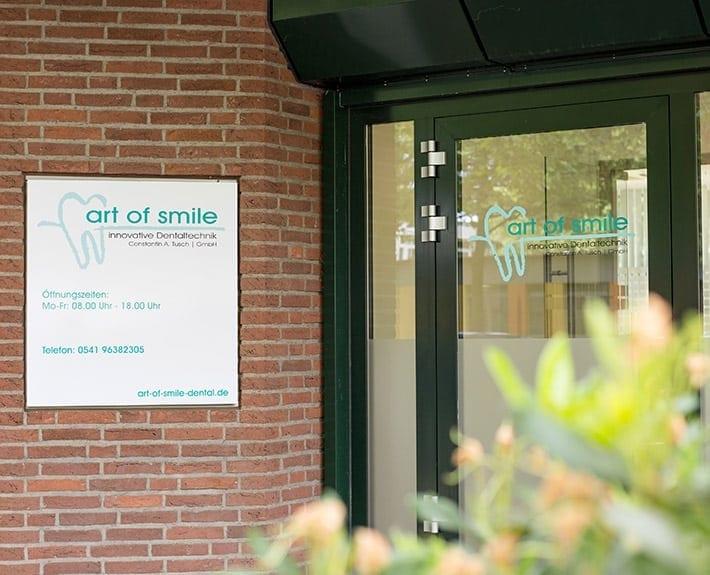 Art-of-Smile Schaufensterbeklebung und Plakat Osnabrück
