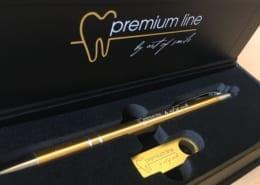 Corporate Design Premium Line art of smile