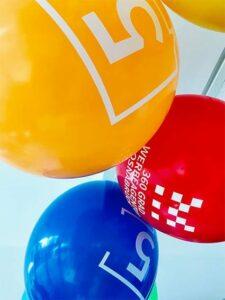 Bedruckte Luftballons 5 Jahre Motion Media